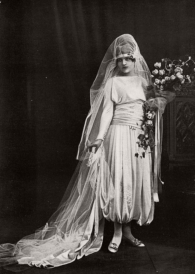 vintage-wedding-dresses-from-the-1920s-and-1930s-11