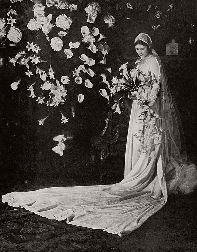 vintage-wedding-dresses-from-the-1920s-and-1930s-12