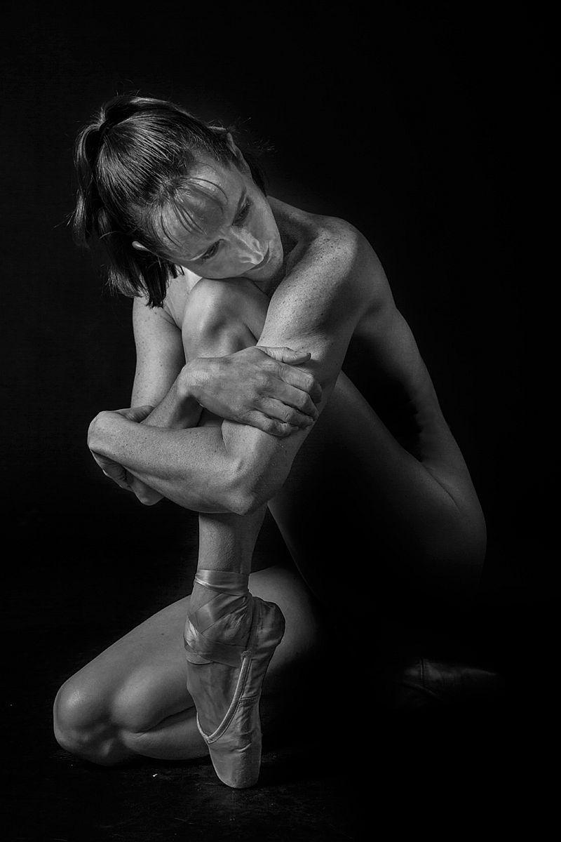 michael-kelly-dewitt-nude-photographer-02
