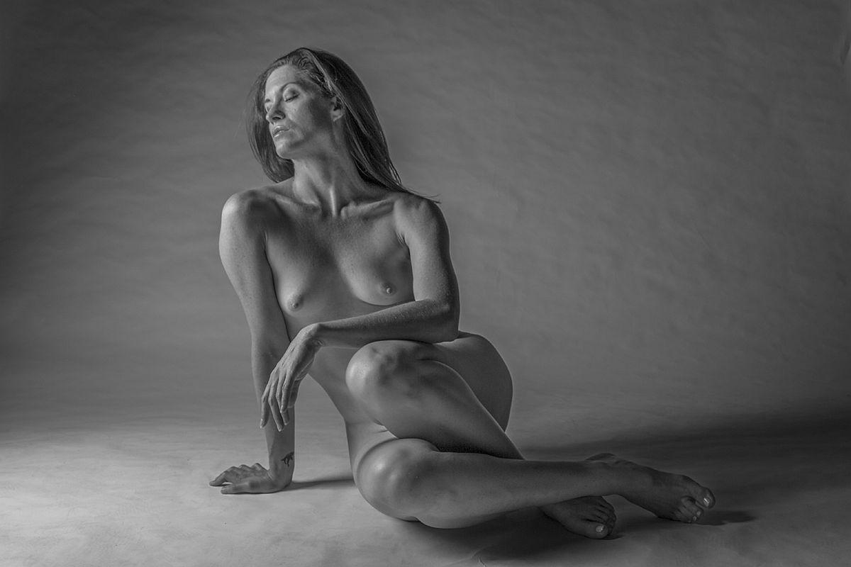 michael-kelly-dewitt-nudes-photographer-04