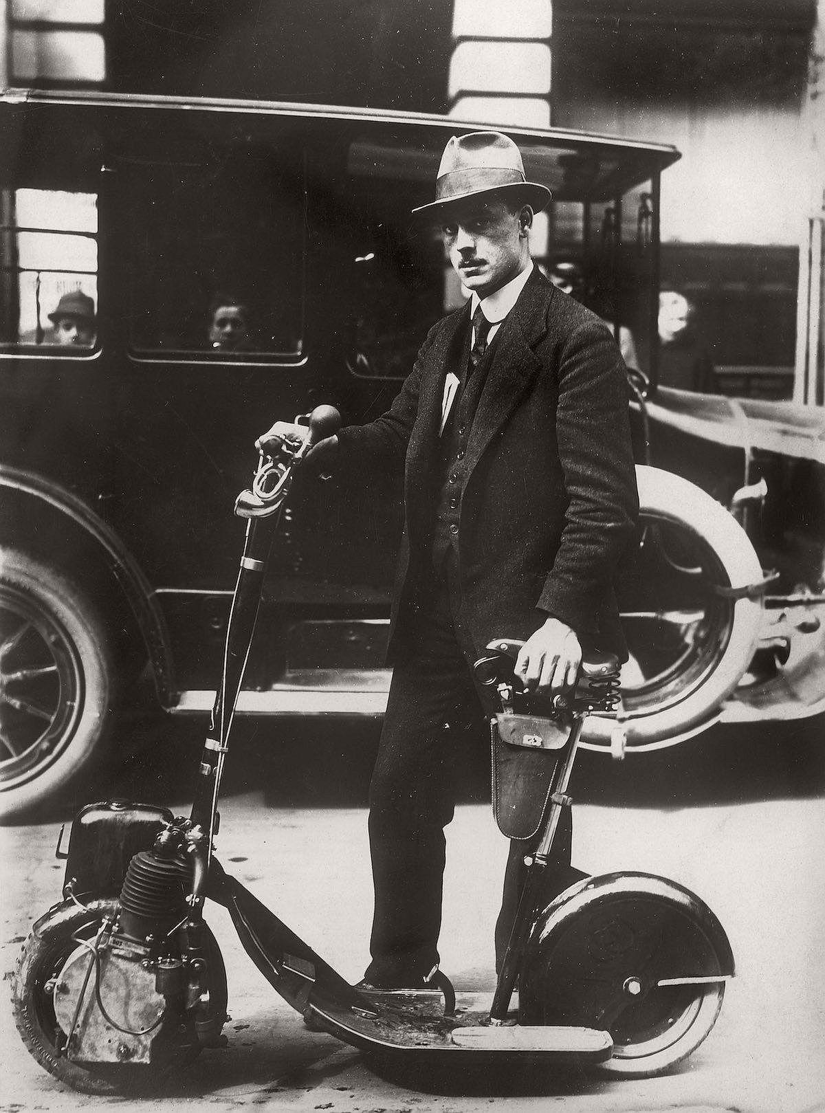 vintage-scooters-1916-1938-02