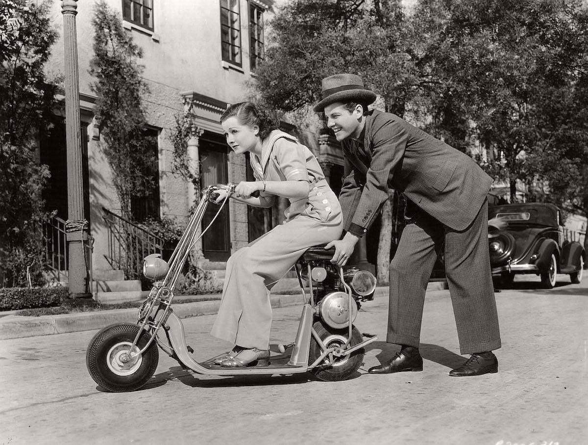 vintage-scooters-1916-1938-04