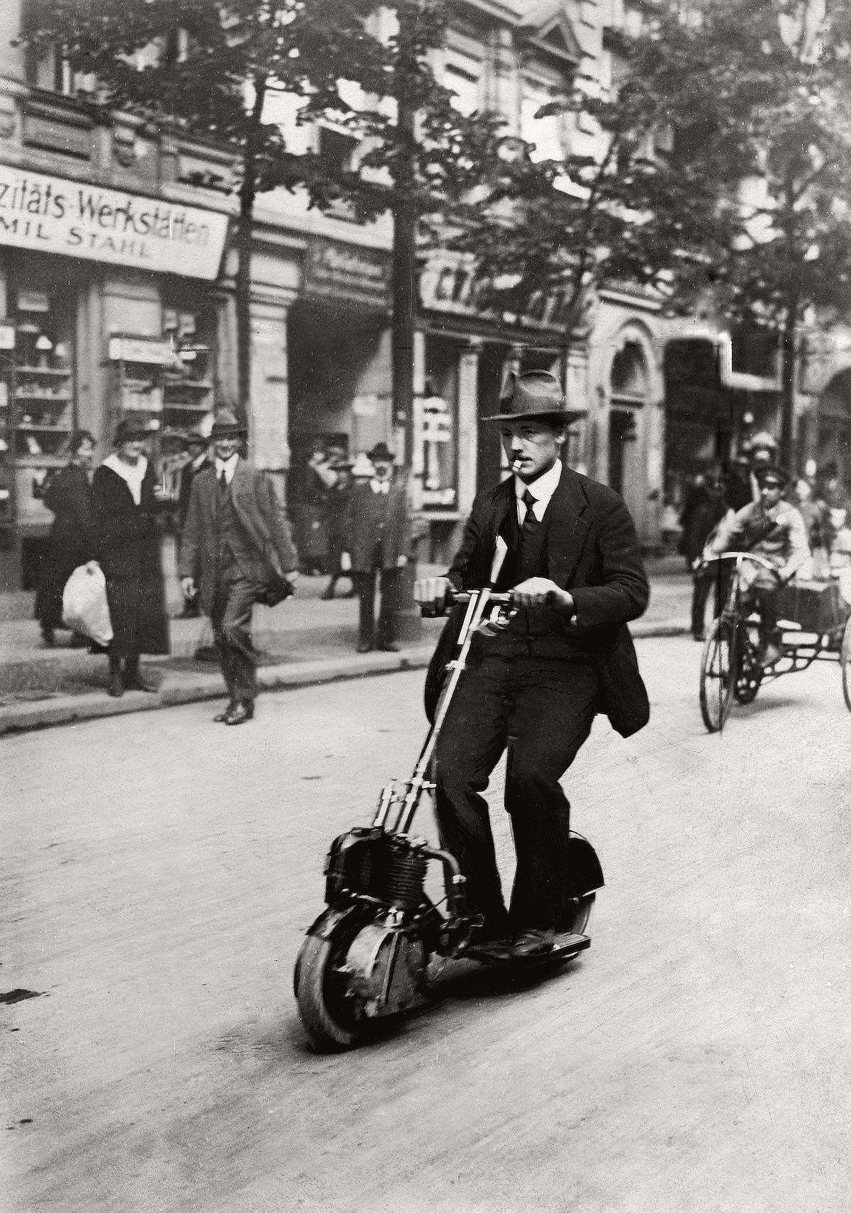 vintage-scooters-1916-1938-09