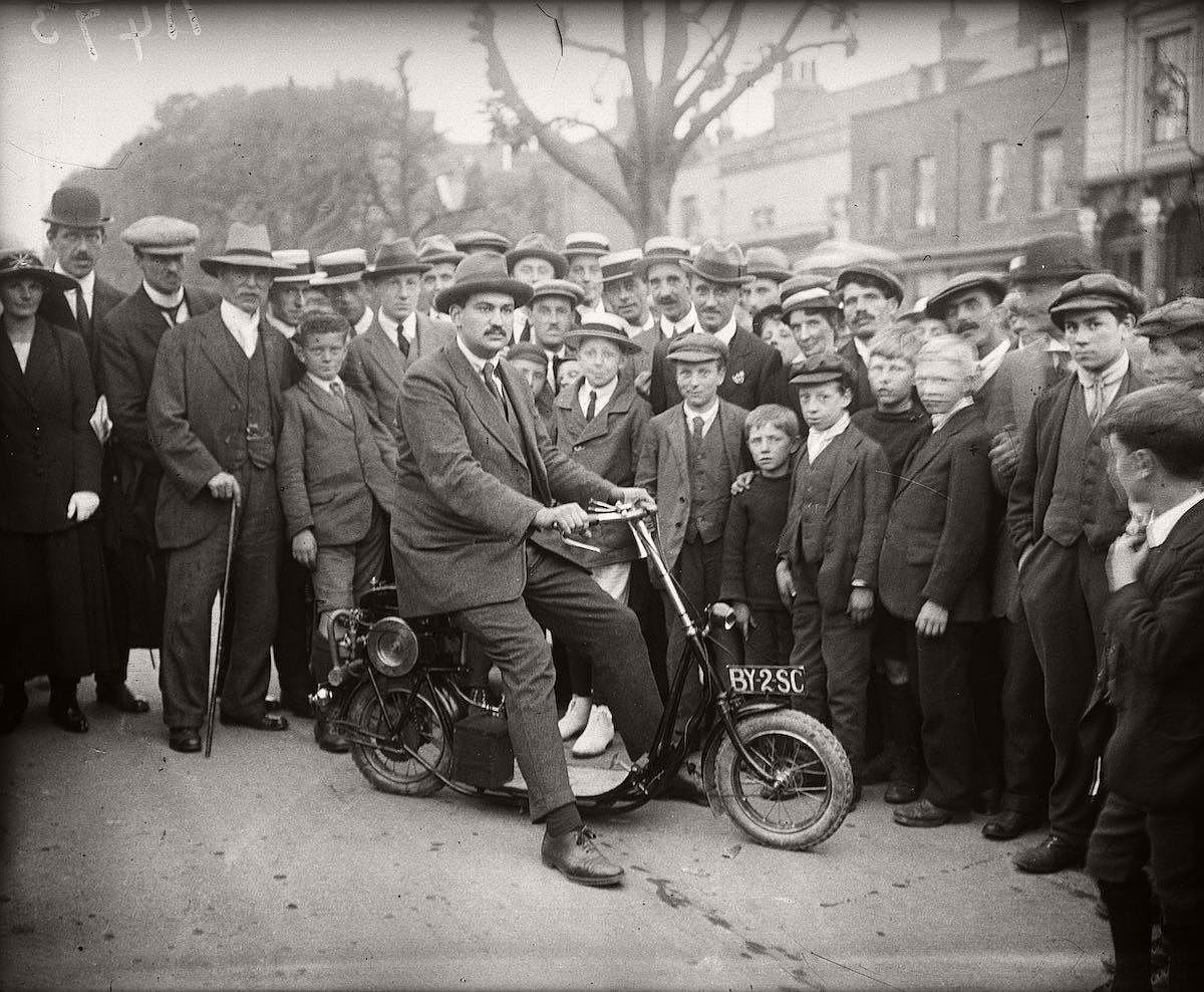 vintage-scooters-1916-1938-10