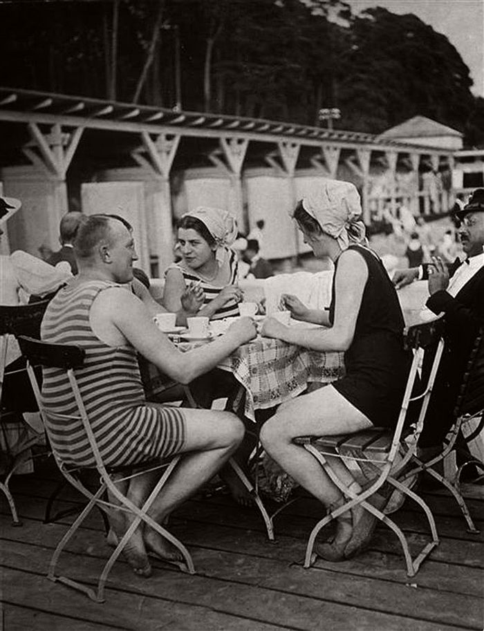 vintage-the-golden-twenties-in-berlin-1920s-10