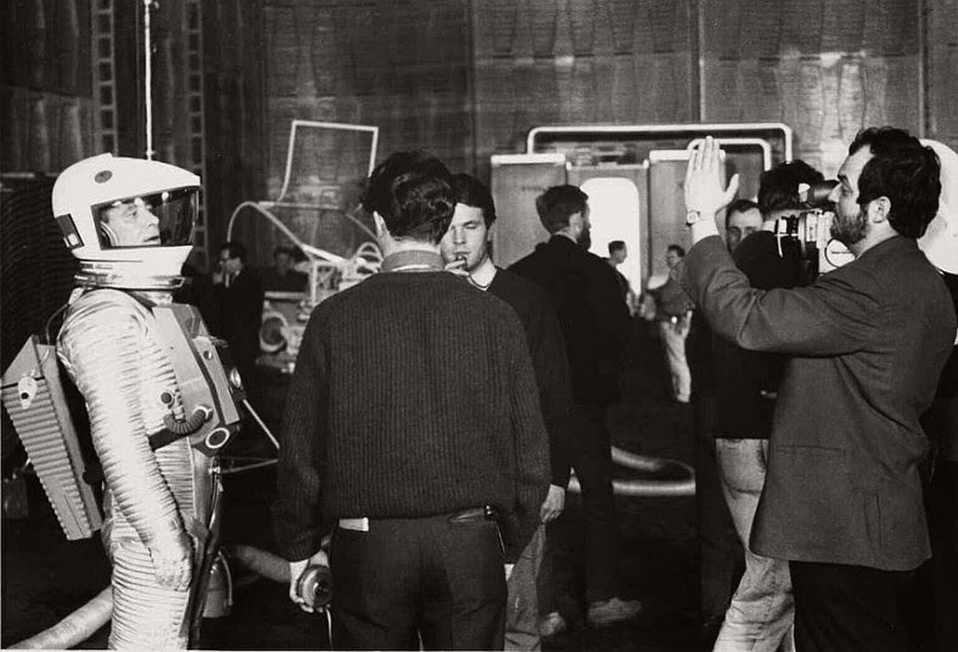 2001-a-space-odyssey-1968-vintage-behind-the-scenes-13