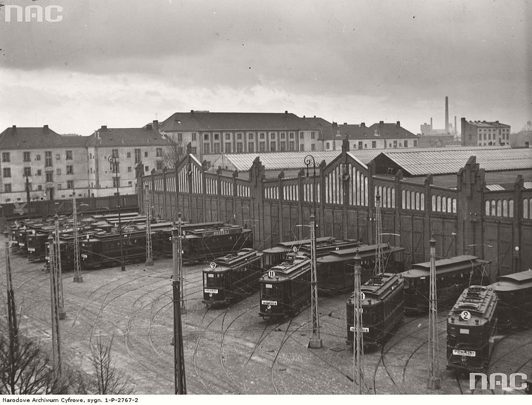 depot-near-wola-during-the-strike-warsaw-1936