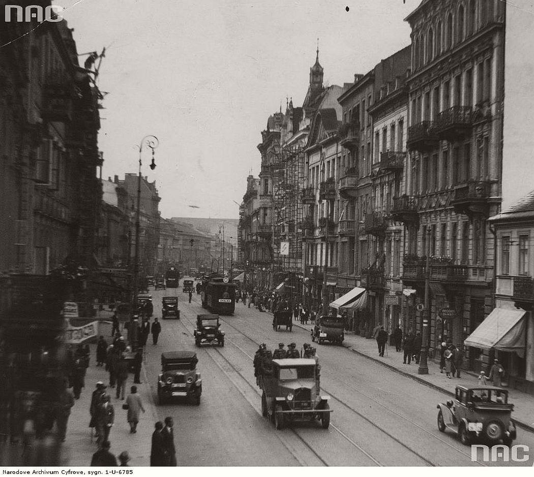 nowy-swiat-street-warsaw-1929-1939
