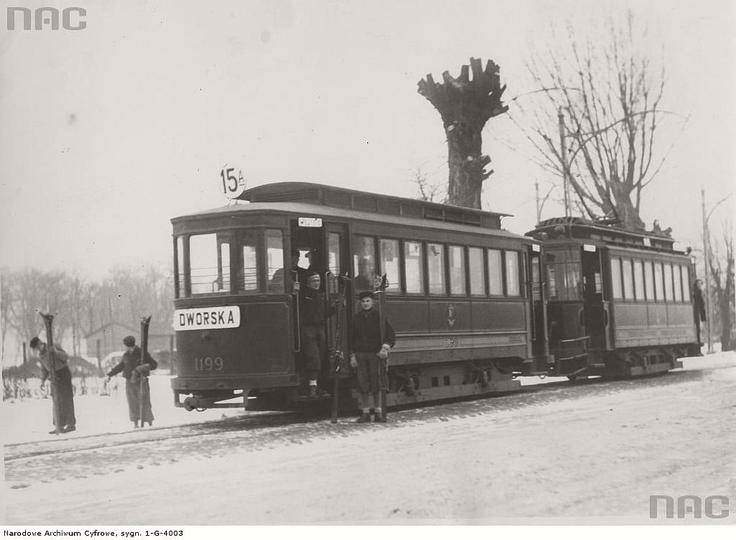 the-final-tram-station-of-15a-line-at-bielany-warszawa-1933