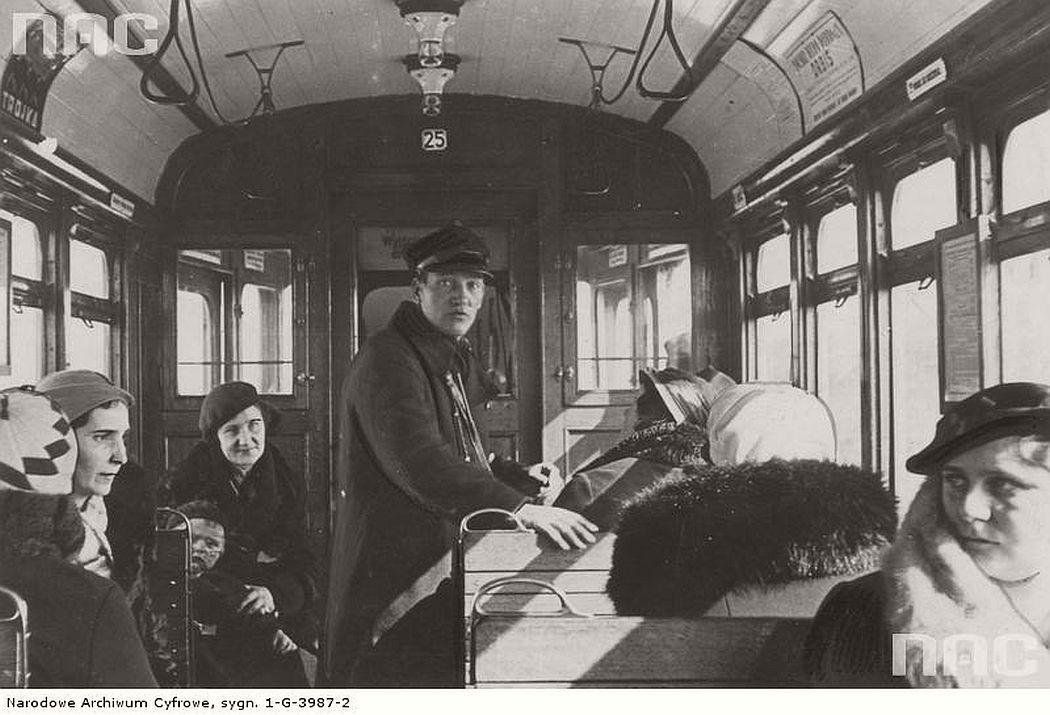 the-interior-of-the-tram-near-jakubskie-przedmiescie-in-torun-1935