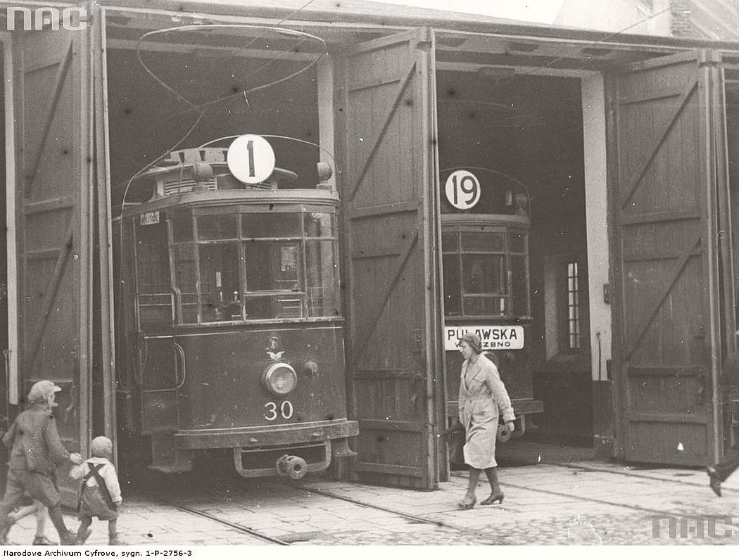 the-strike-of-tramways-in-warsaw-1931