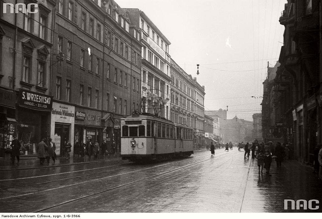tram-nordwaggon-bremen-near-3-maja-street-in-katowice-1933