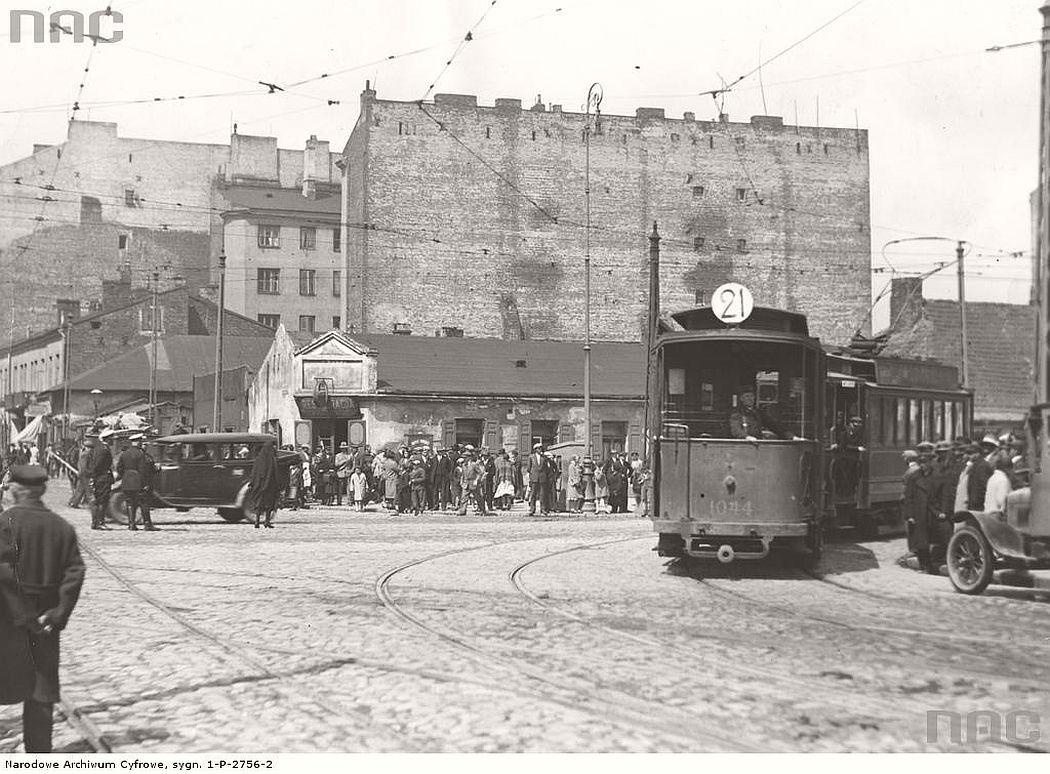 tram-line-21-near-wolska-street-in-warsaw-1931