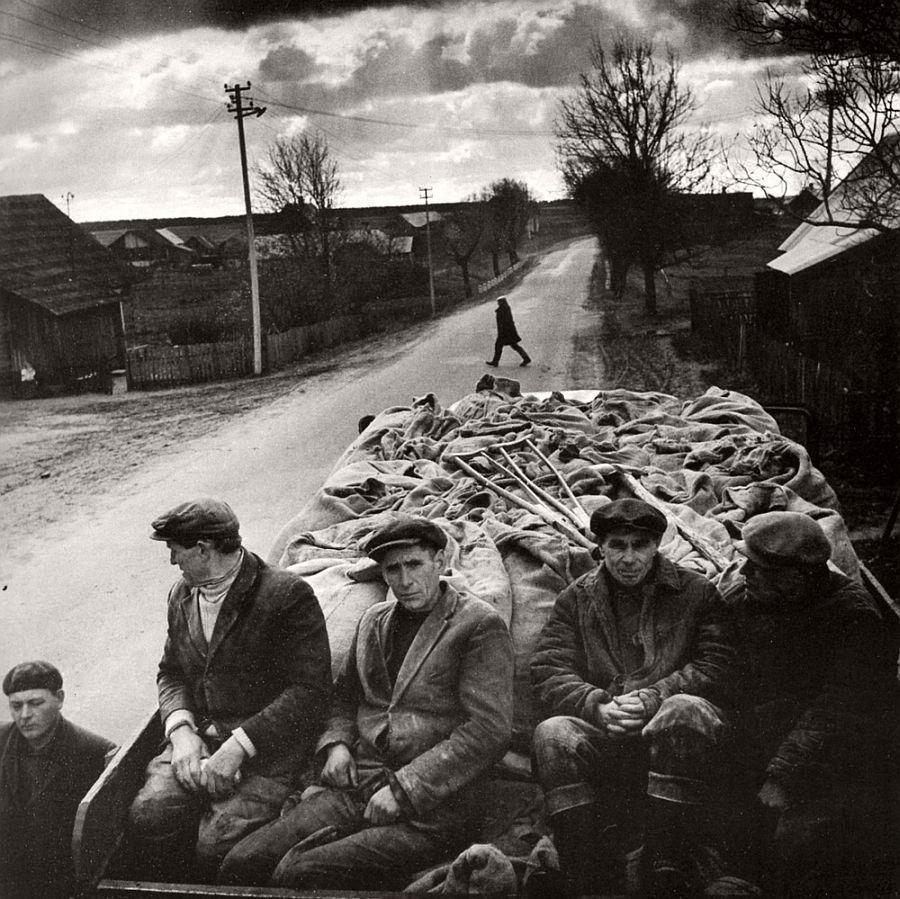 antanas-sutkus-documentary-people-photographer-04