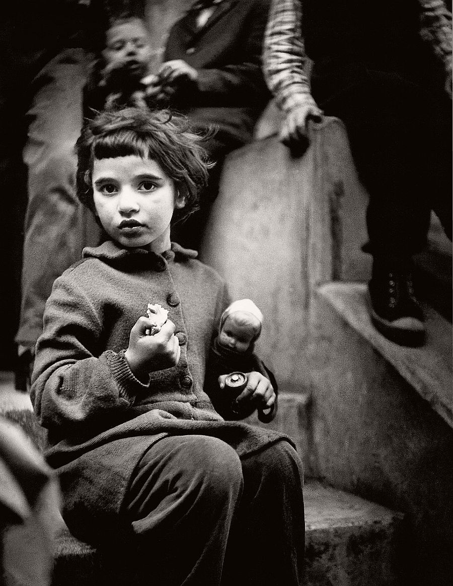 antanas-sutkus-documentary-people-photographer-07