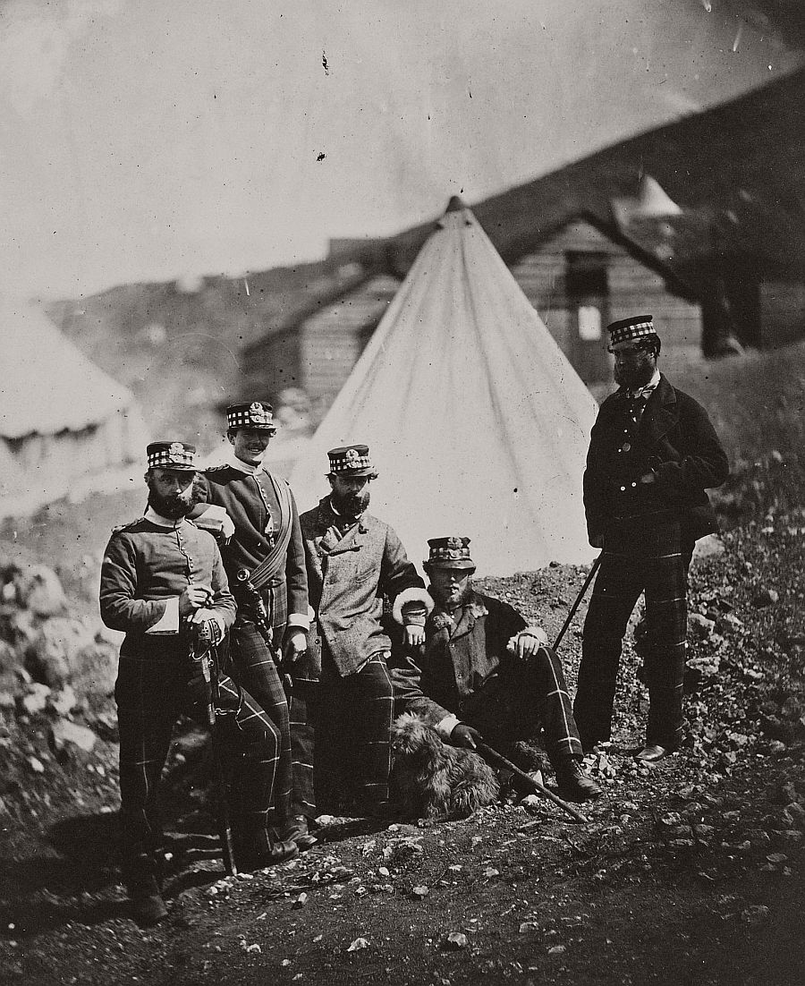 roger-fenton-pioneer-war-photographer-06