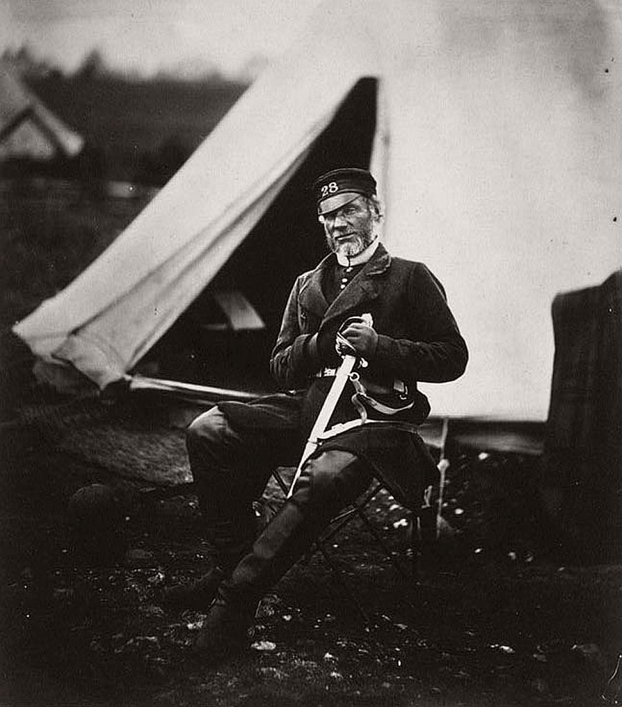 roger-fenton-pioneer-war-photographer-13