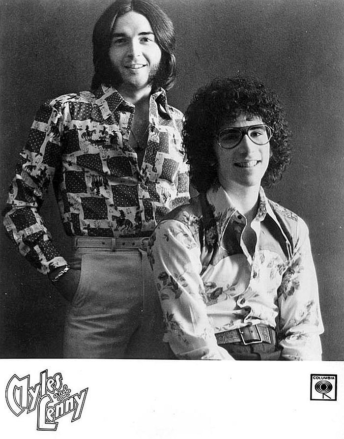 vintage-awkward-and-hilarious-band-photos-09