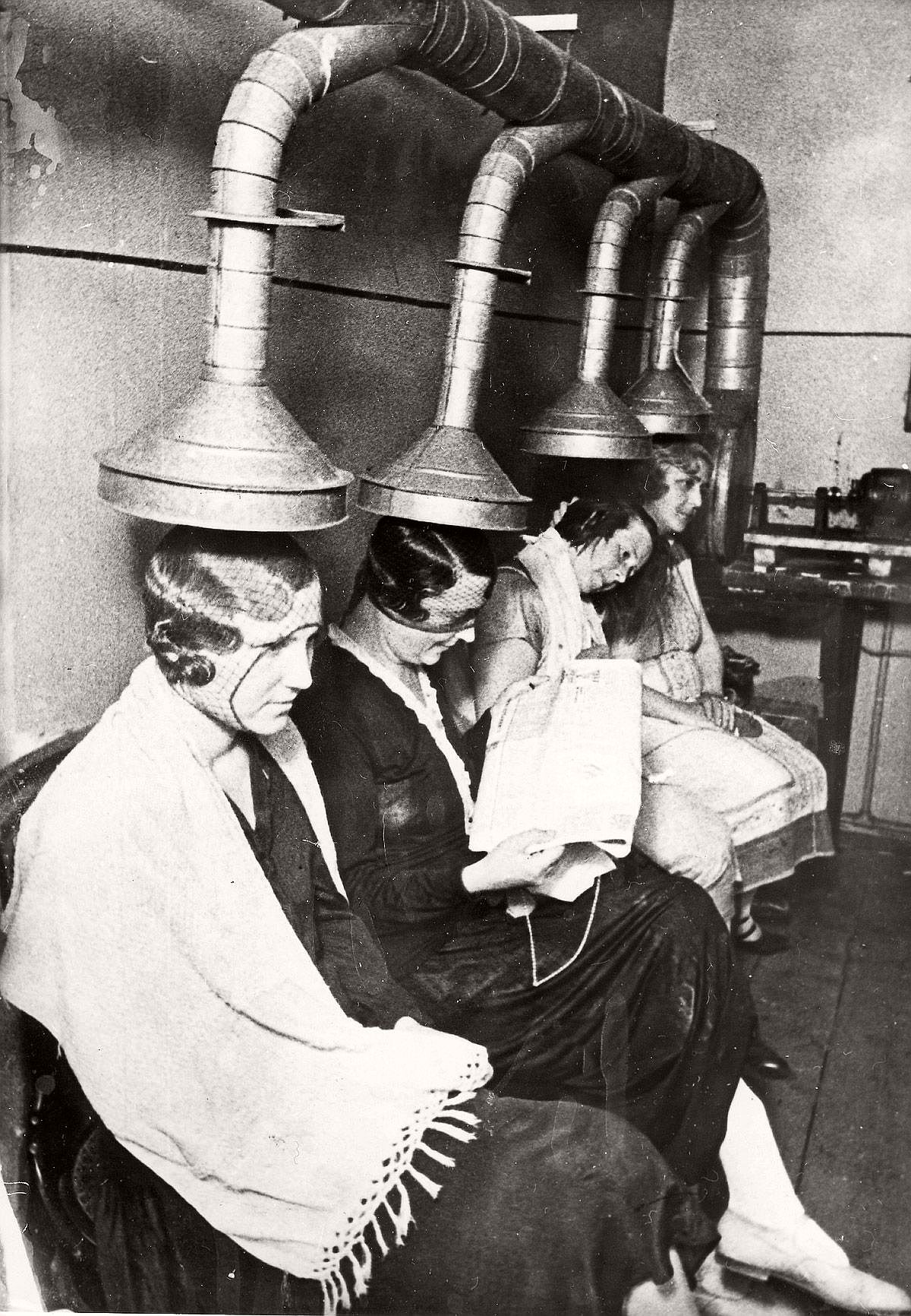 Vintage Beauty Salons And Early Hair Dryers 1920s 1940s