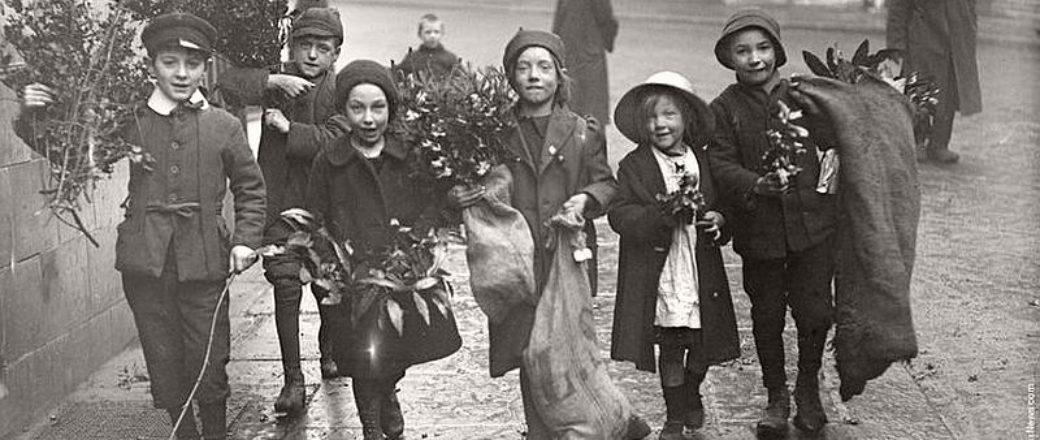 Vintage: Children Celebrating Christmas (1900s)
