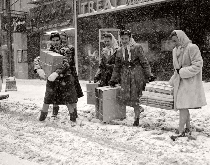 vintage-christmas-during-the-world-war-ii-1940s-05