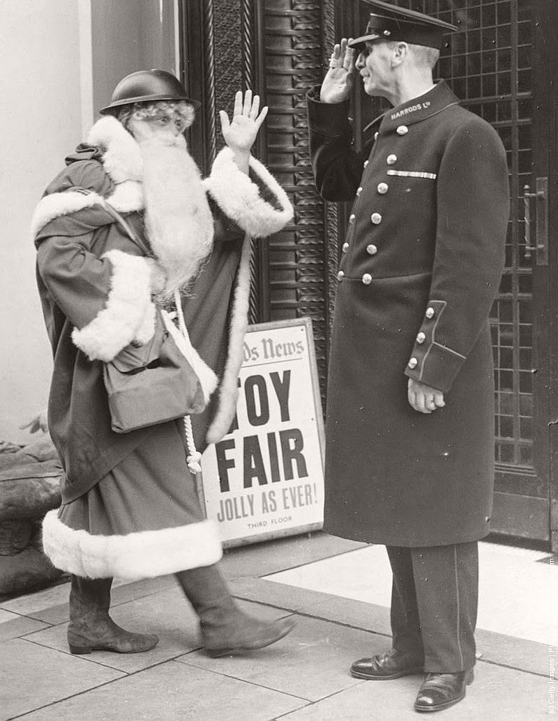 vintage-christmas-during-the-world-war-ii-1940s-12