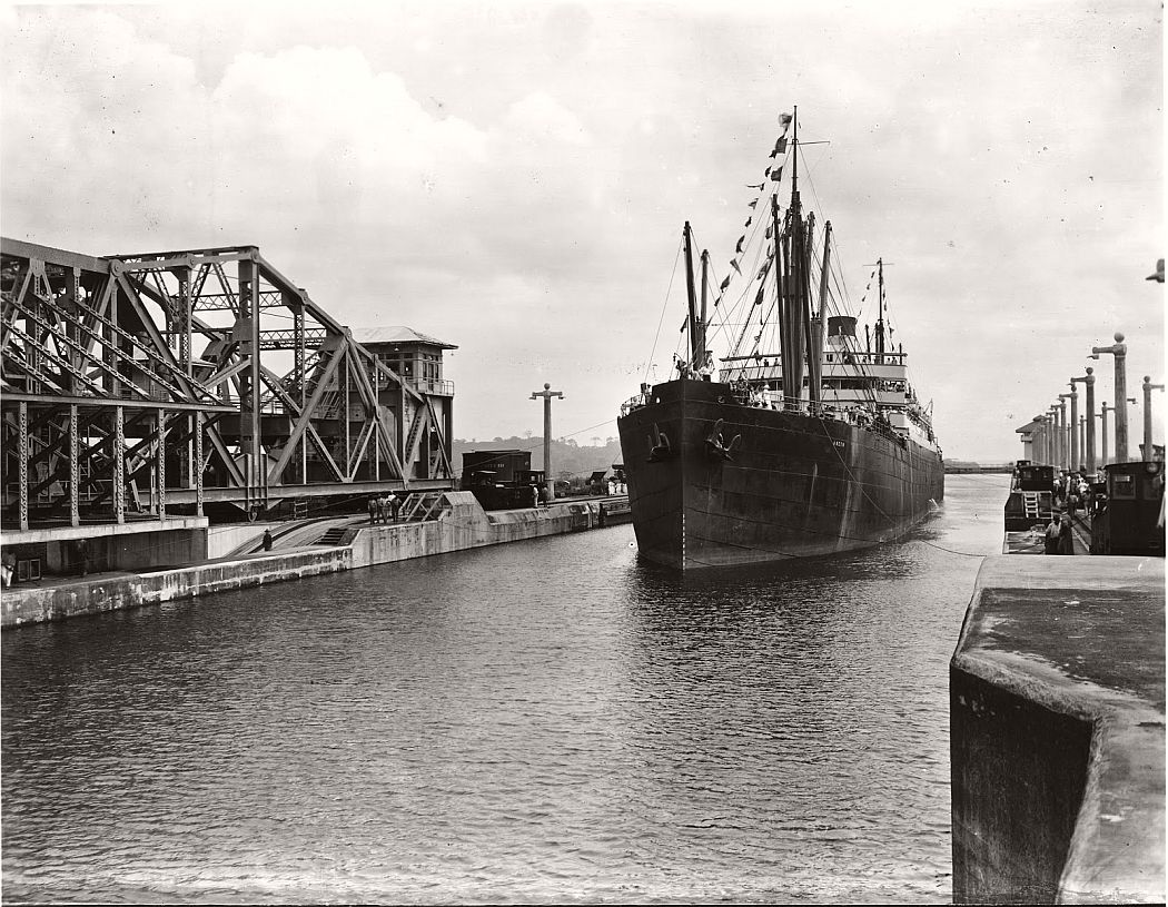 vintage-panama-canal-construction-1904-1914-07