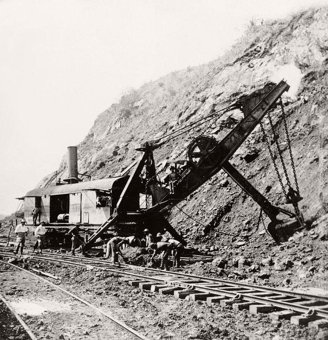 vintage-panama-canal-construction-1904-1914-15