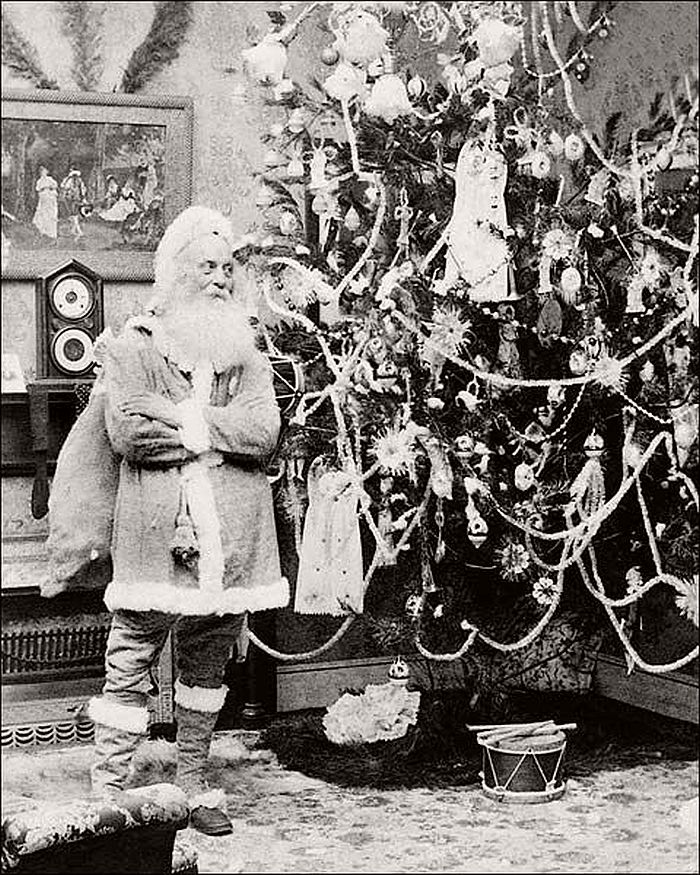 Christmas Decorations In Victorian England: Vintage: Father Christmas In The Victorian Era (19th