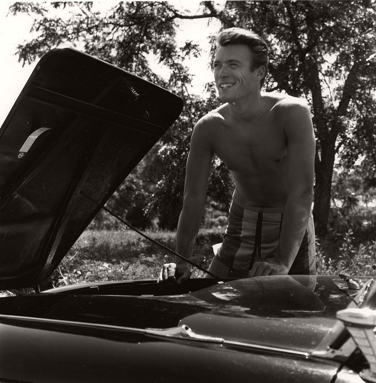vintage-young-clint-eastwood-1956-01