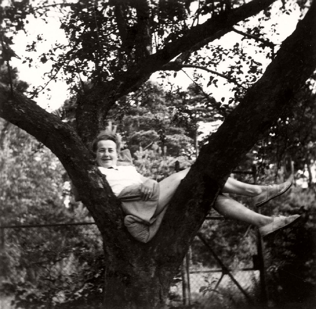 women-in-trees-hatje-cantz-05