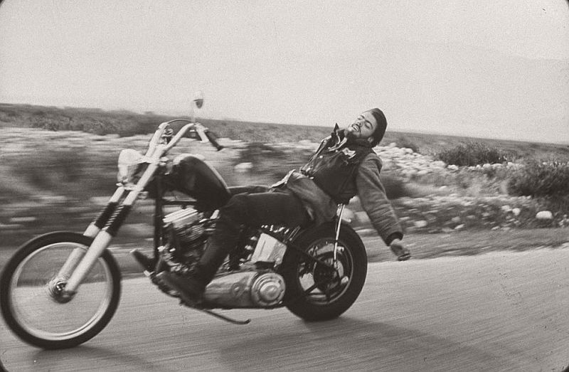vintage-hells-angels-motorcycle-club-in-1965-by-bill-ray-12