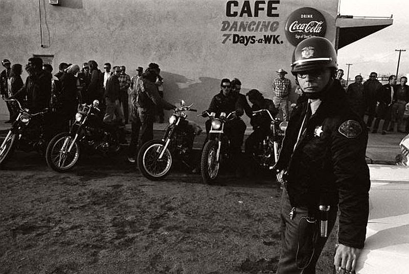 vintage-hells-angels-motorcycle-club-in-1965-by-bill-ray-19