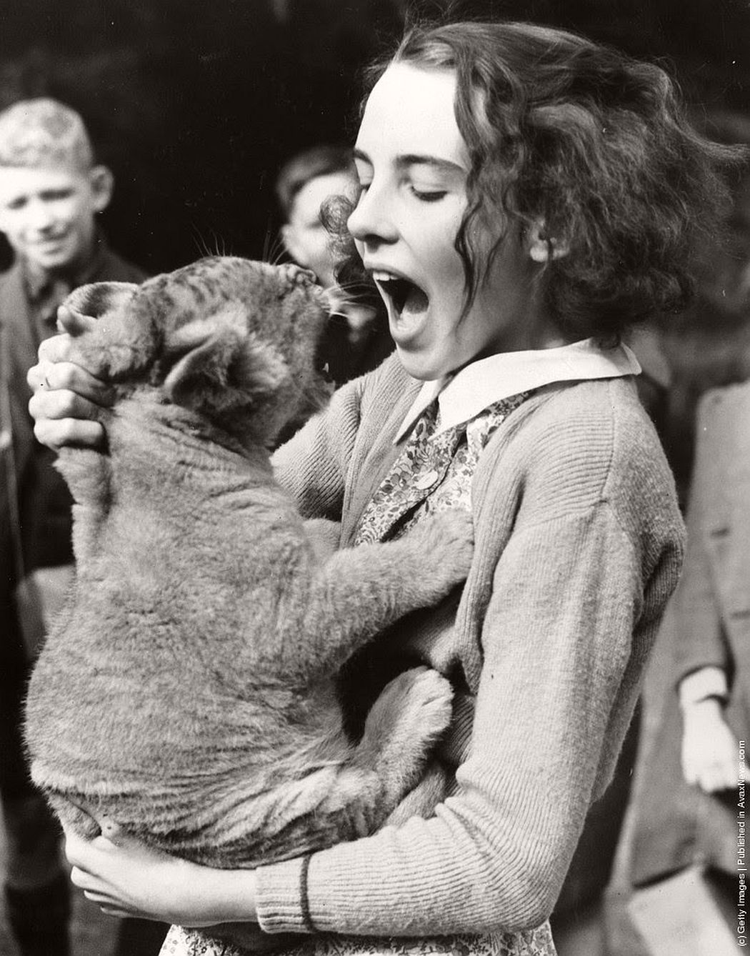 vintage-people-with-baby-animals-1930s-1960s-02