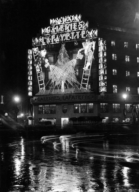 vintage-christmas-in-paris-1920s-1970s-01