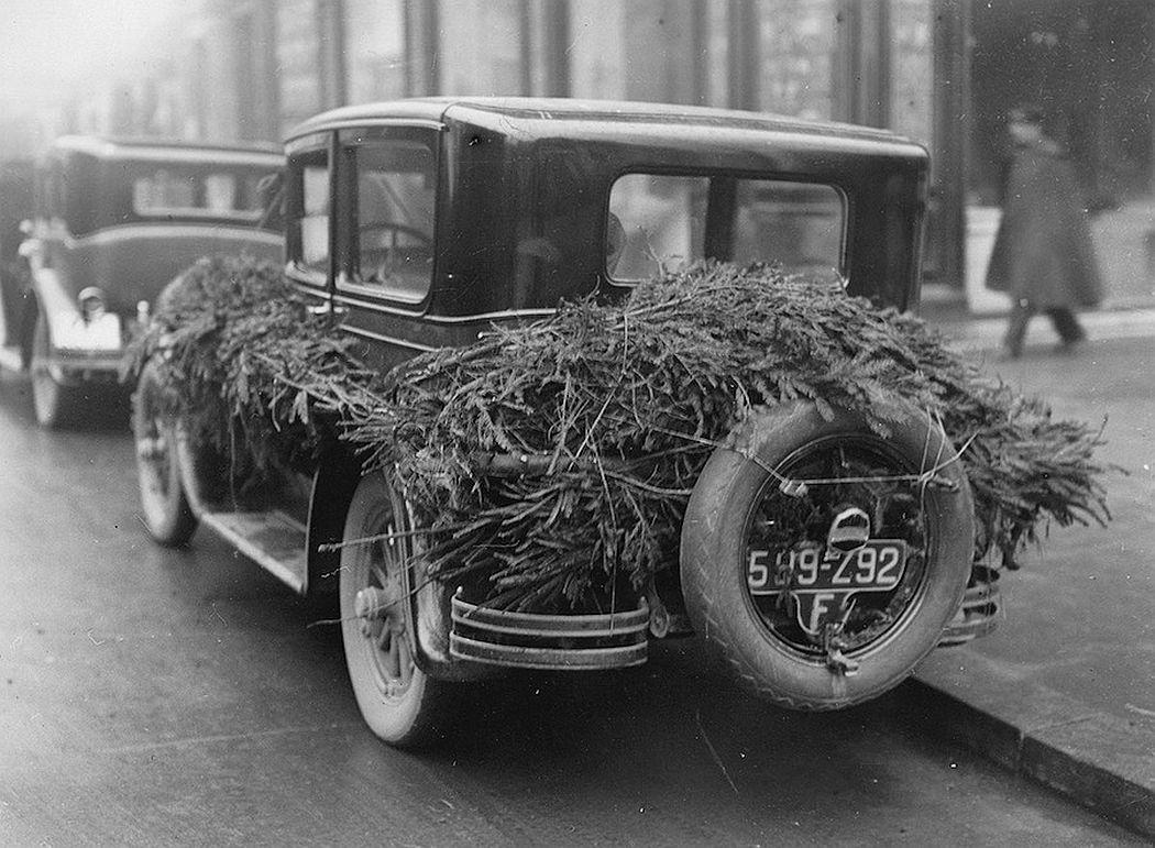 vintage-christmas-in-paris-1920s-1970s-07