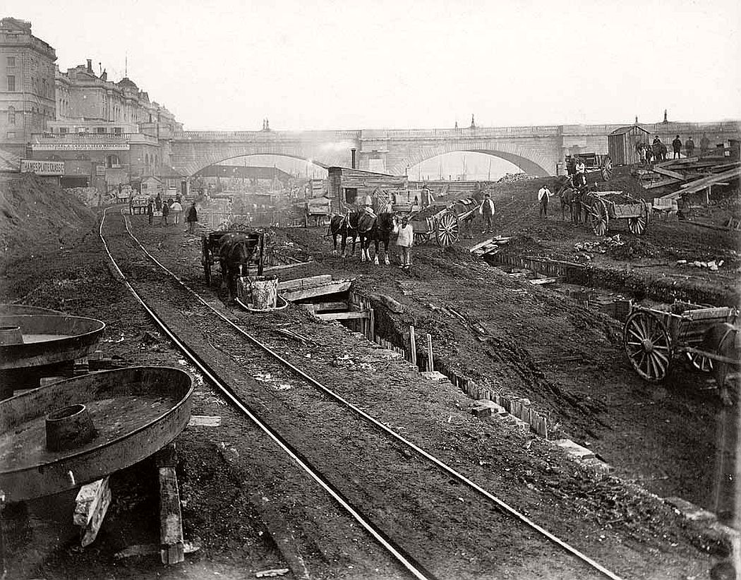 vintage-london-underground-construction-victorian-era-xix-century-01