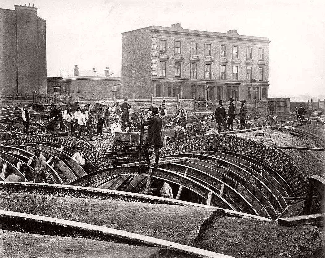 vintage-london-underground-construction-victorian-era-xix-century-15