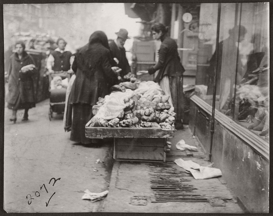 vintage-pushcart-markets-in-new-york-early-20th-century-1900s-06