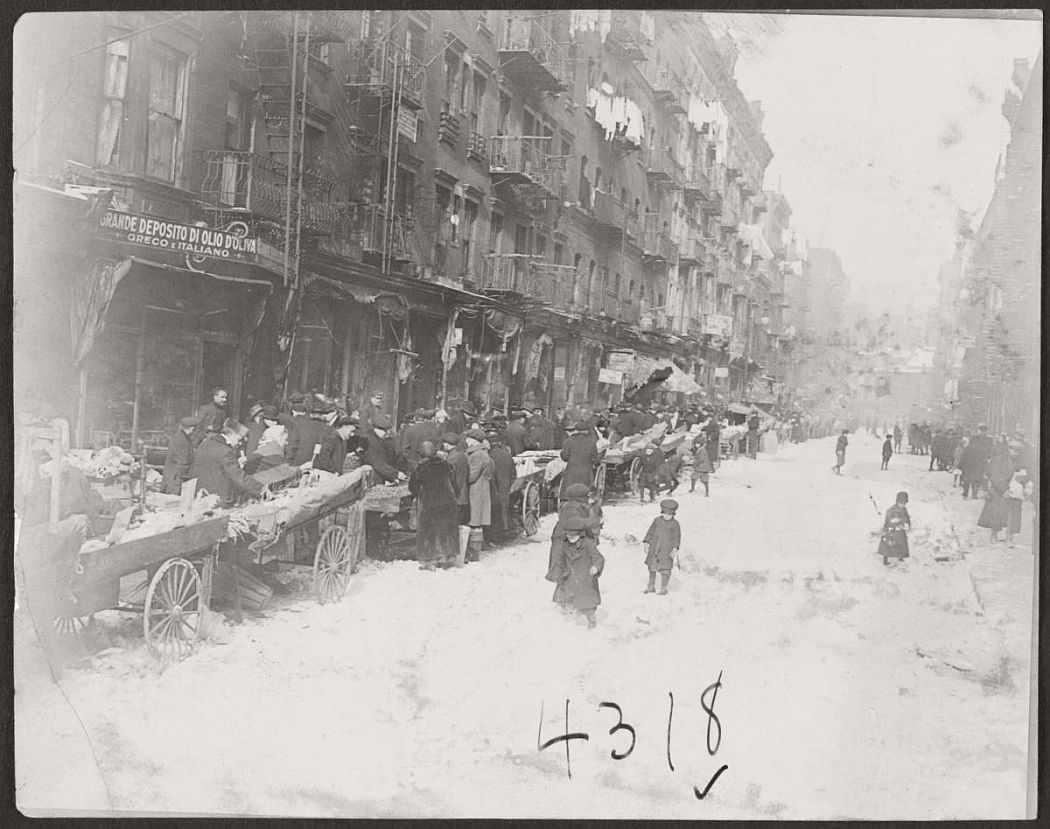vintage-pushcart-markets-in-new-york-early-20th-century-1900s-08