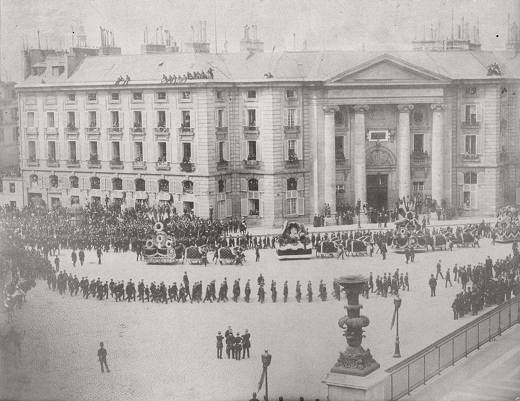 Vintage-victor-hugos-funeral-1885-01