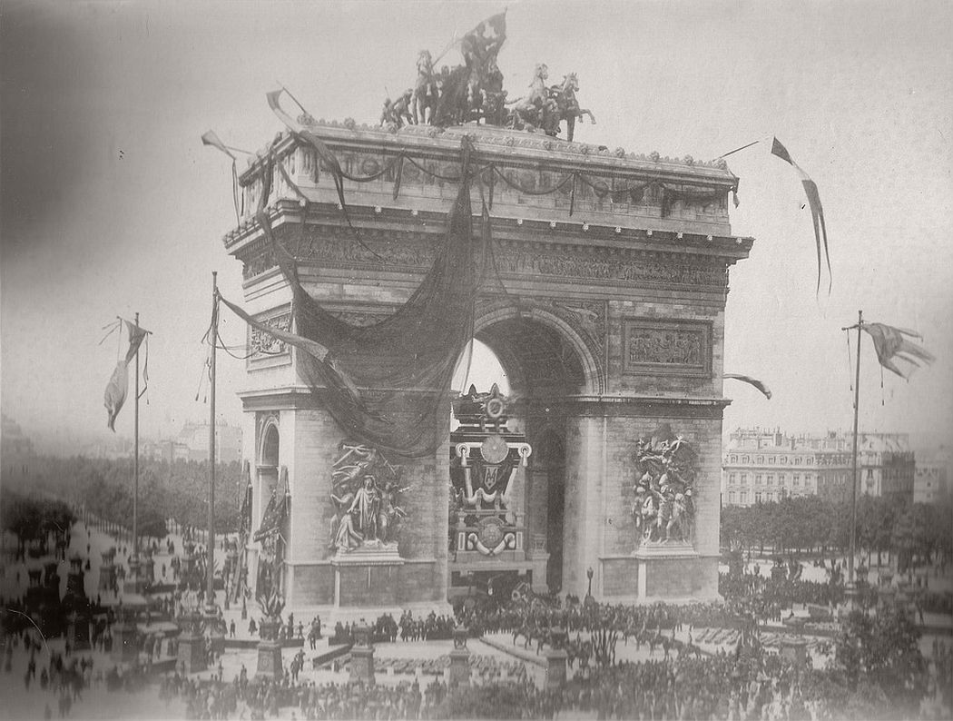 Vintage-victor-hugos-funeral-1885-03