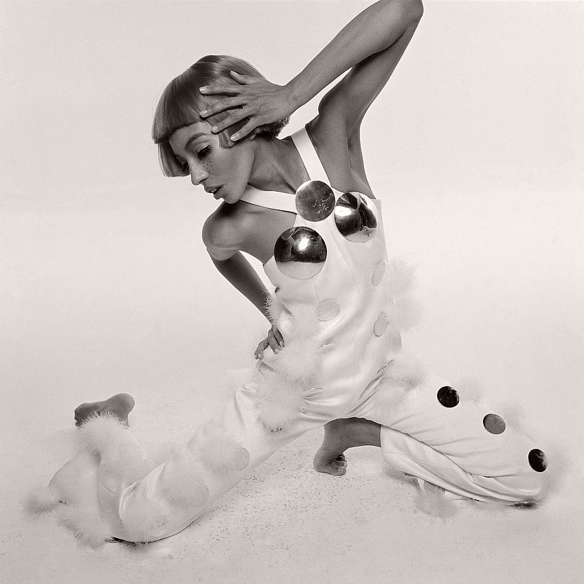 Kellie Wilson in André Courrèges Ensemble, photographed by Bert Stern, 1969