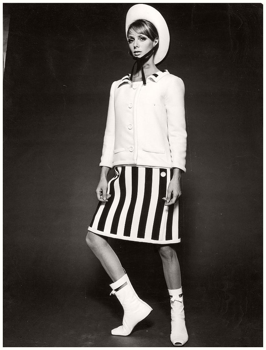 André Courrèges, Mini-Dress, photographed by F.C. Gundlach, 1965