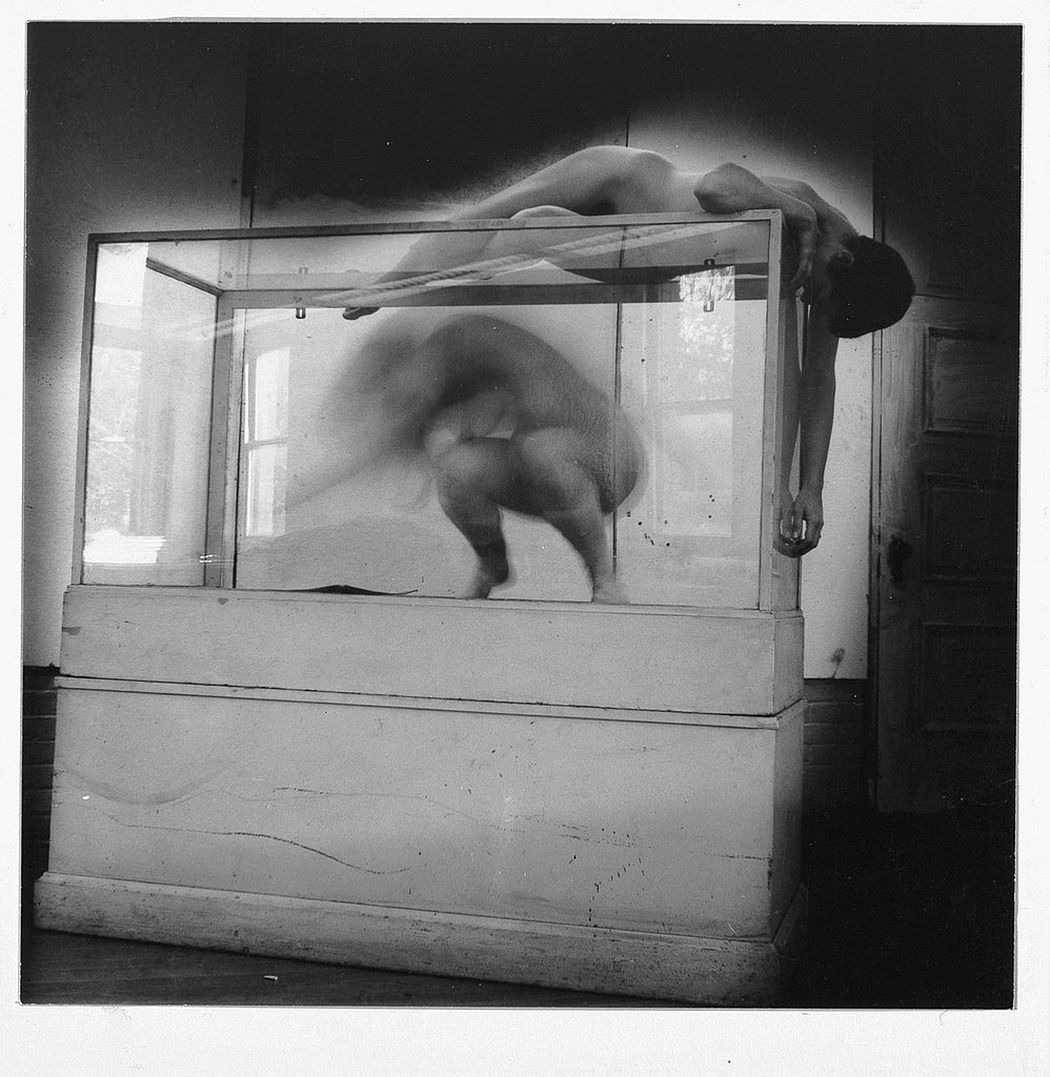francesca-woodman-surreal-nude-05