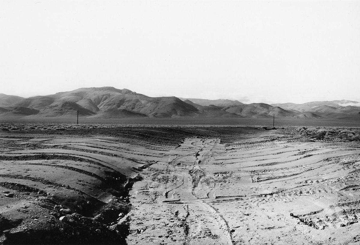 Nevada 33, Looking West 1977