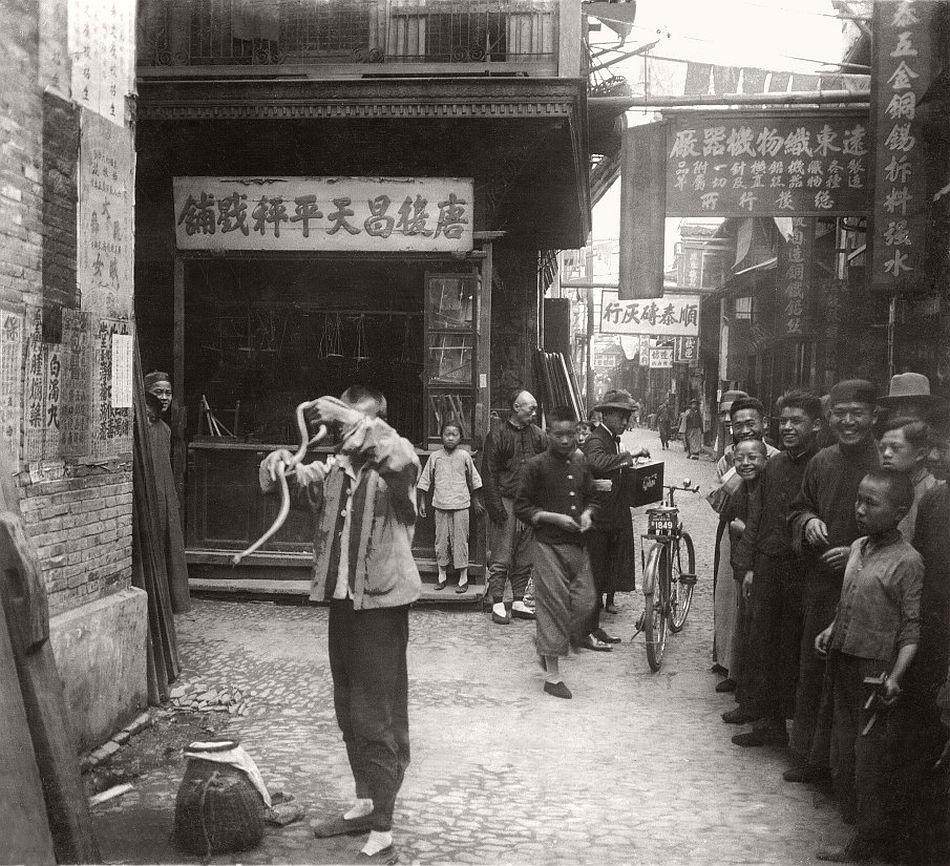 Snake charmer, Shanghai, 1929
