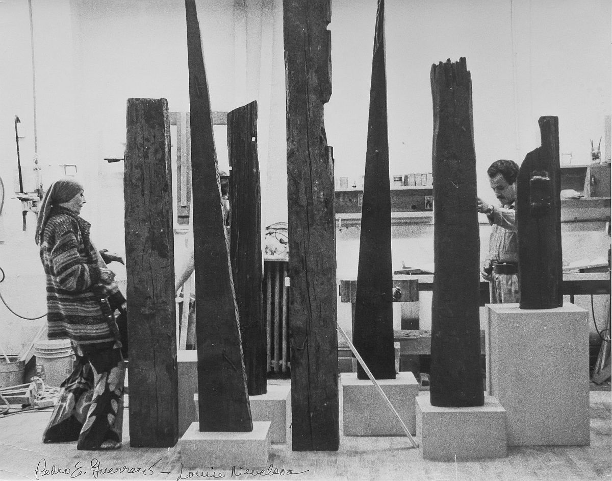 Estate of Pedro E. Guerrero, Louise Nevelson with Salvaged Wood Sculpture, 1978