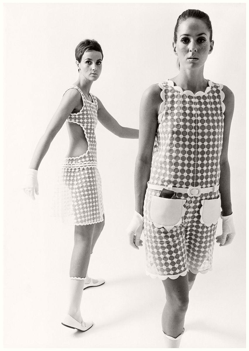 André Courrèges, Dresses, photographed by F.C. Gundlach, 1965