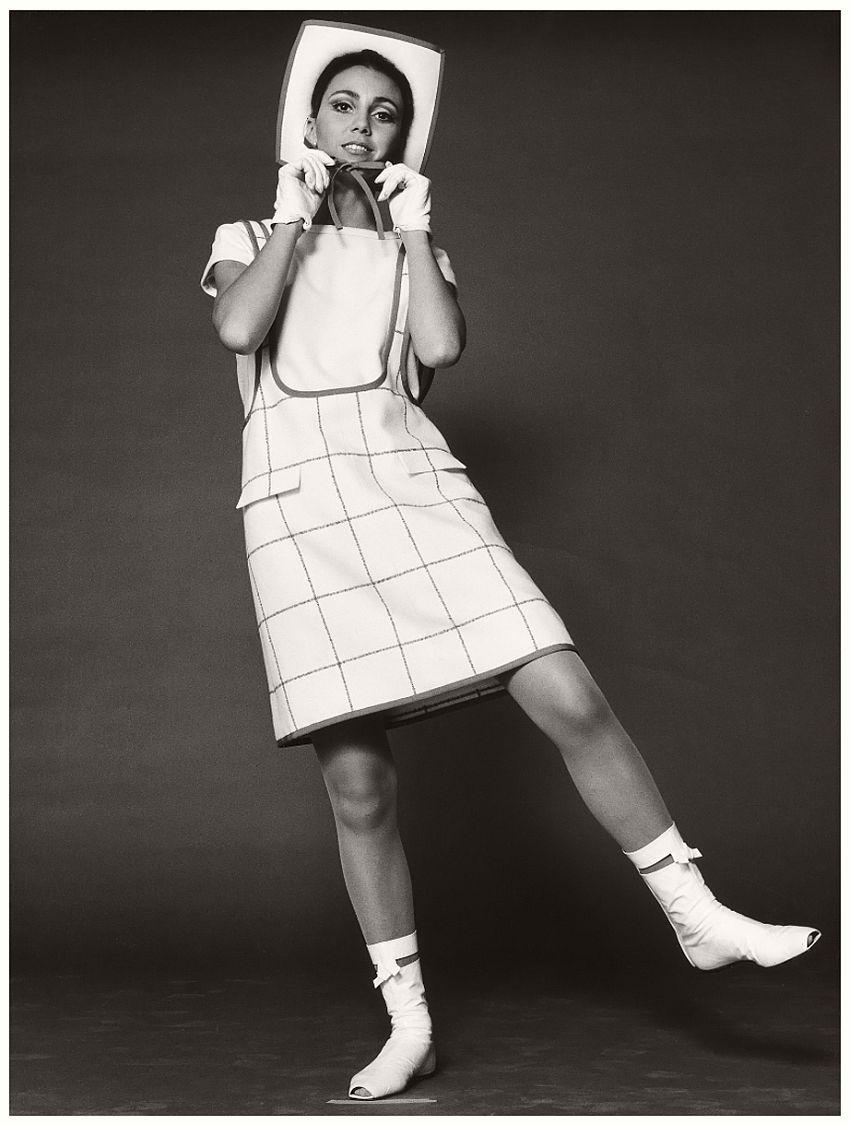 André Courrèges, Dress, photographed by F.C. Gundlach, 1965